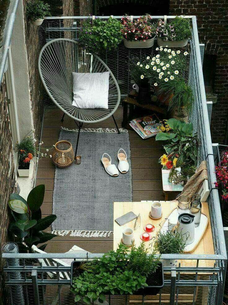 Balcony Hotel & Suites