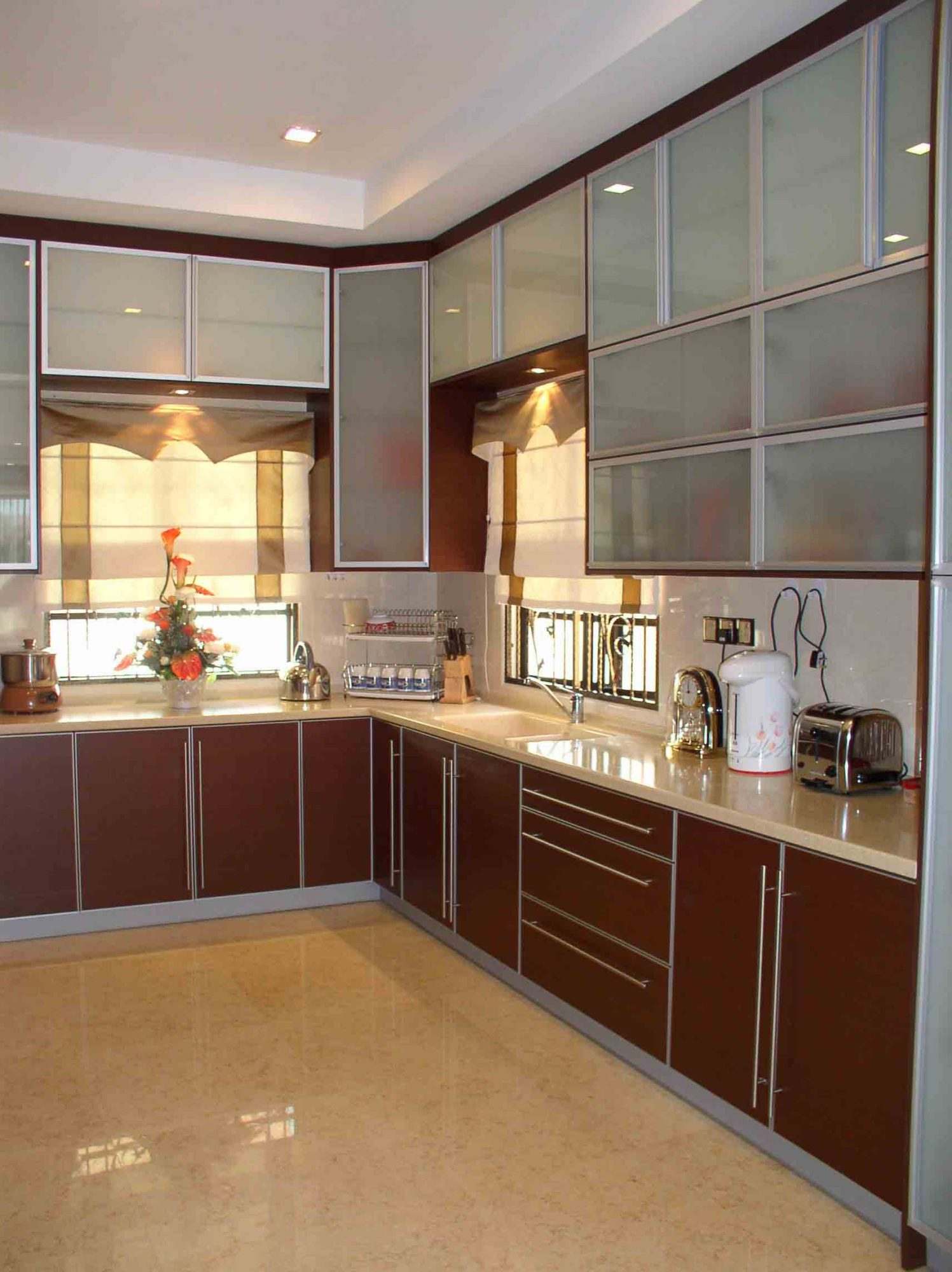 latest modular kitchen design in india