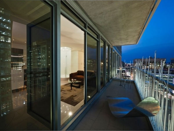 modern glass balcony design