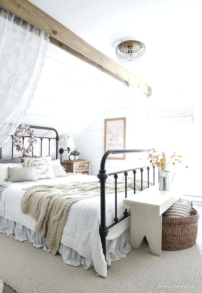 country style blue and white bedroom