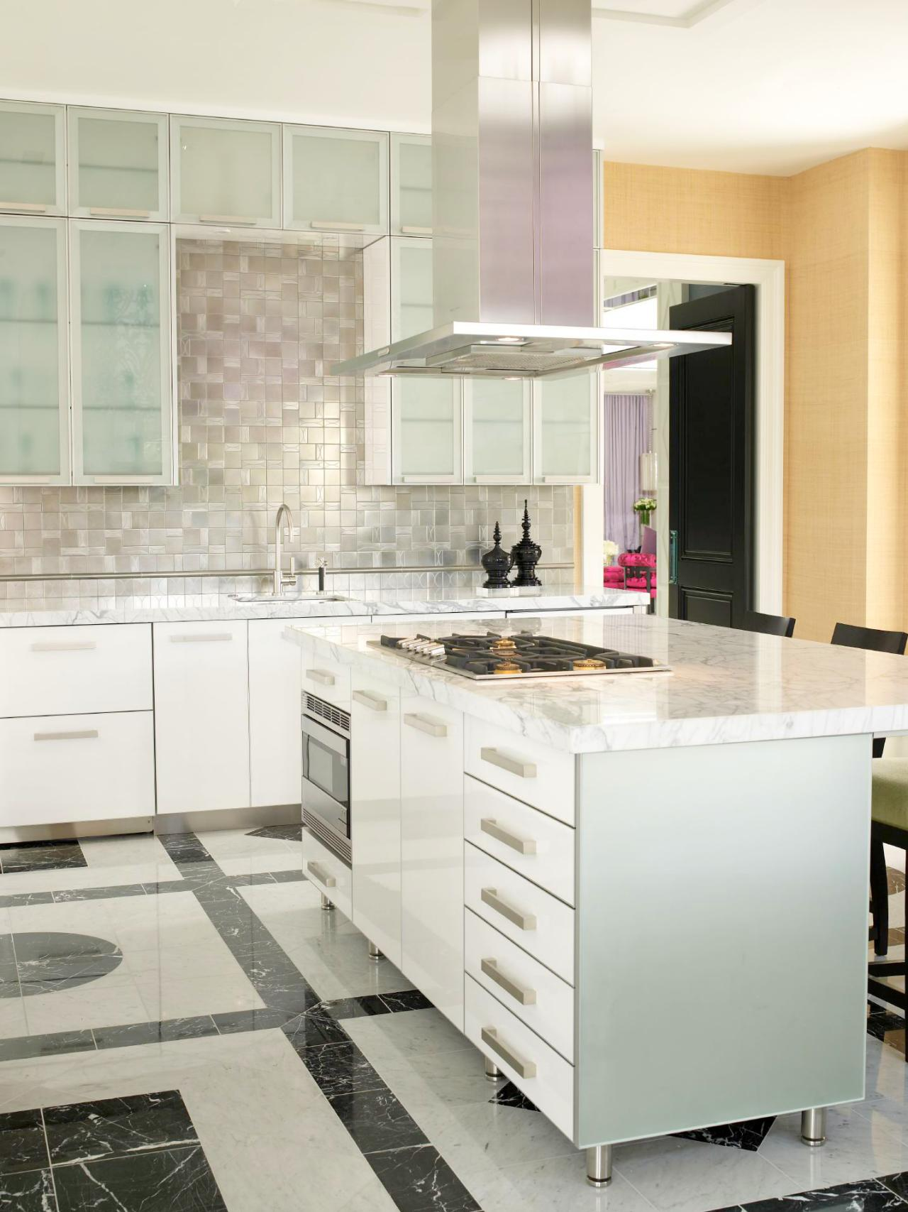 cost of small modular kitchen