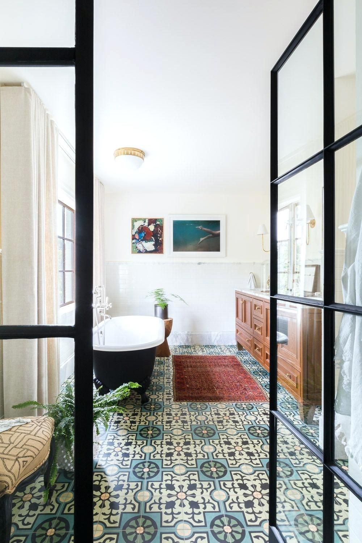 bathroom floor plan ideas