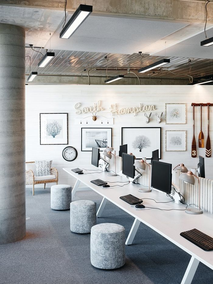 Office Interior Design Modern
